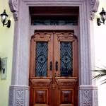 pembe andezit ana kapı