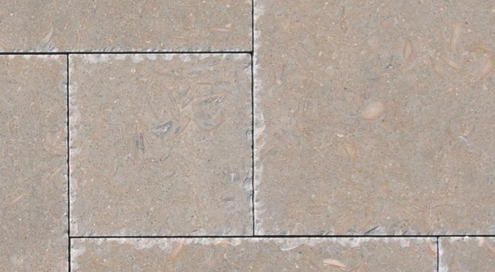 Rustik-French-pattern-set-brushed-chiseld-edge
